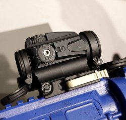 Aimpoint CompM5b at the MILIPOL 2019