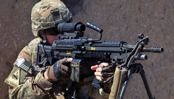 fnh: The M249 SAW is alive and kicking: FN awarded US Army contract for new machine guns