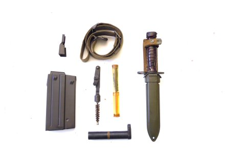 Accessories kit of the Beretta BM59 rifle