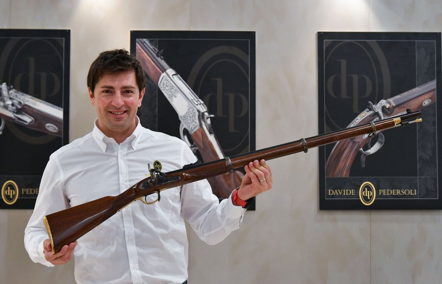 Stefano Pedersoli presents his Whitworth rifle
