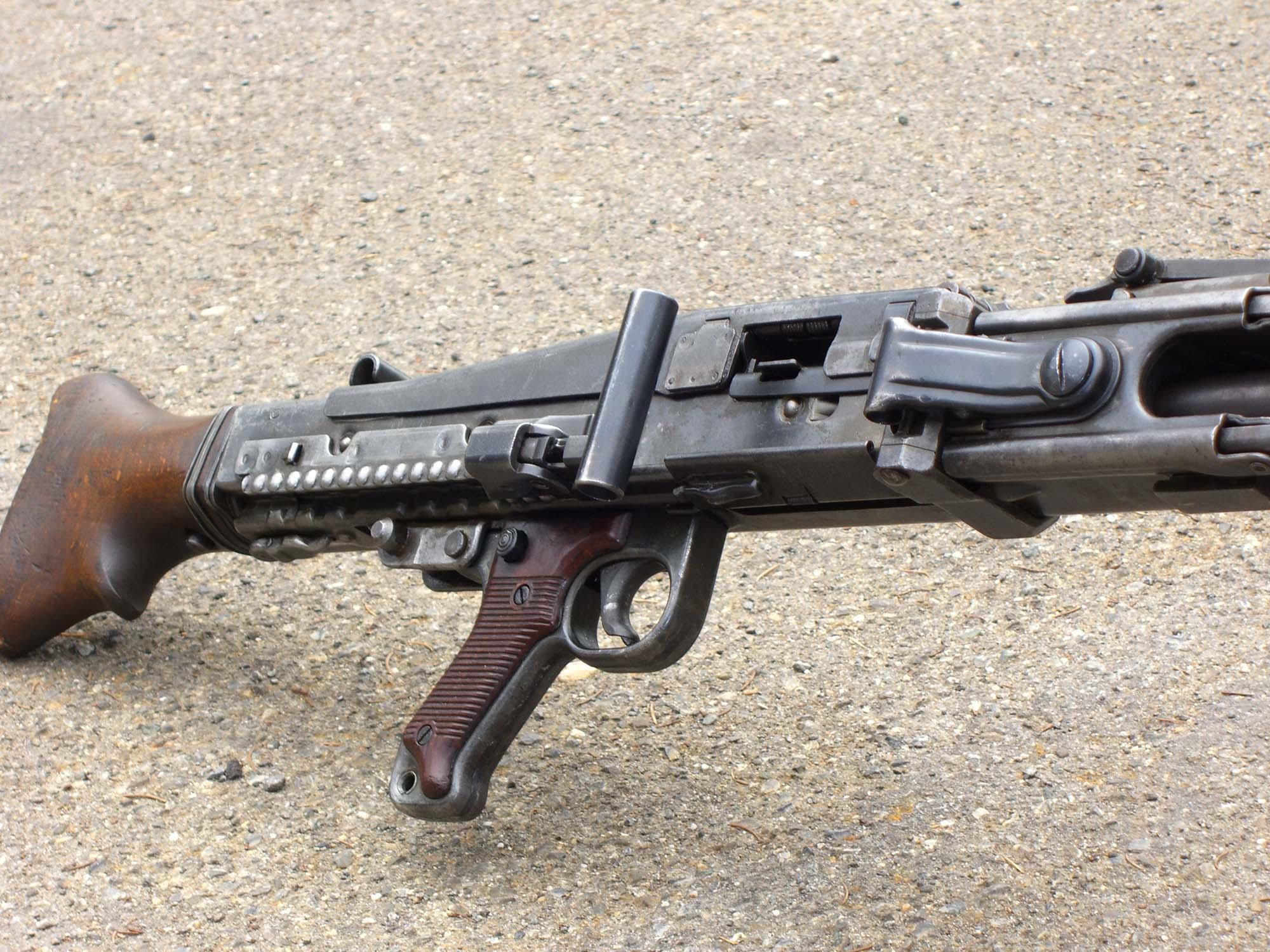 Maschinegewehr 42 Wallpaper: MaschinenGewehr Typ 42