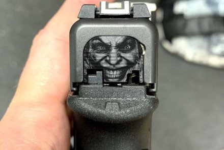 Glock con incisione di Joker