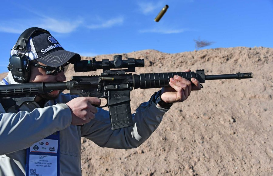 Smith & Wesson M&P10 Sport calibro .308 Winchester al tiro