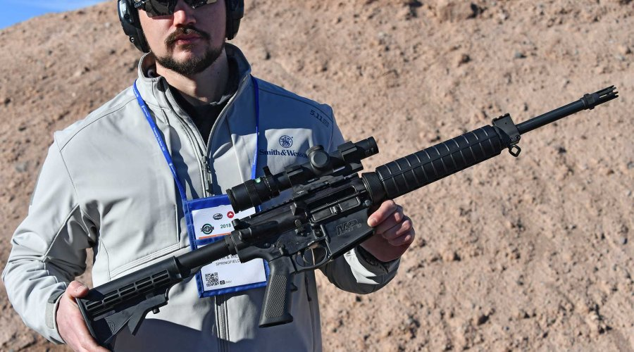 Smith & Wesson M&P10 Sport calibro .308 Winchester presentata a Las Vegas.