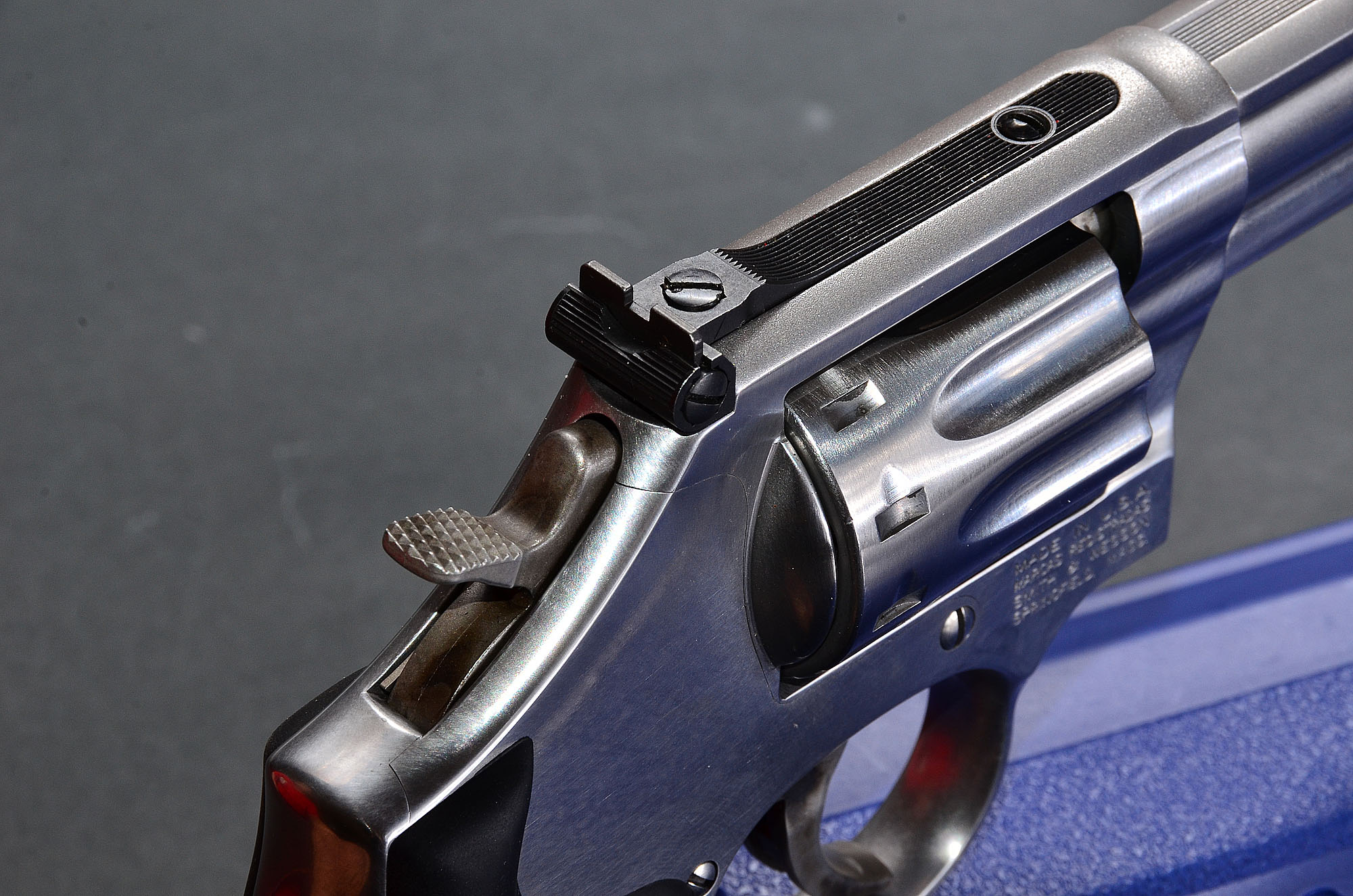 Smith & Wesson 617
