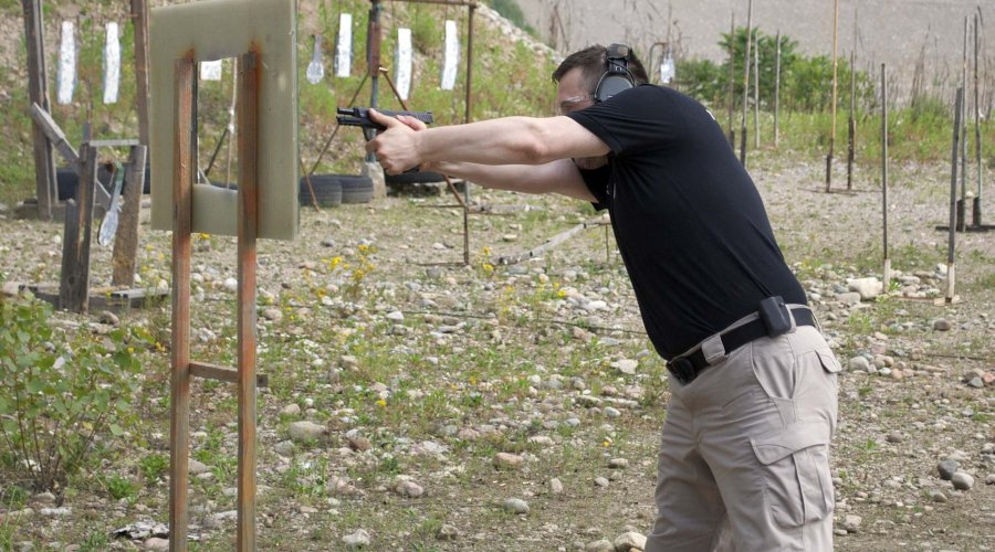 Tiro in copertura con Smith & Wesson M&P9