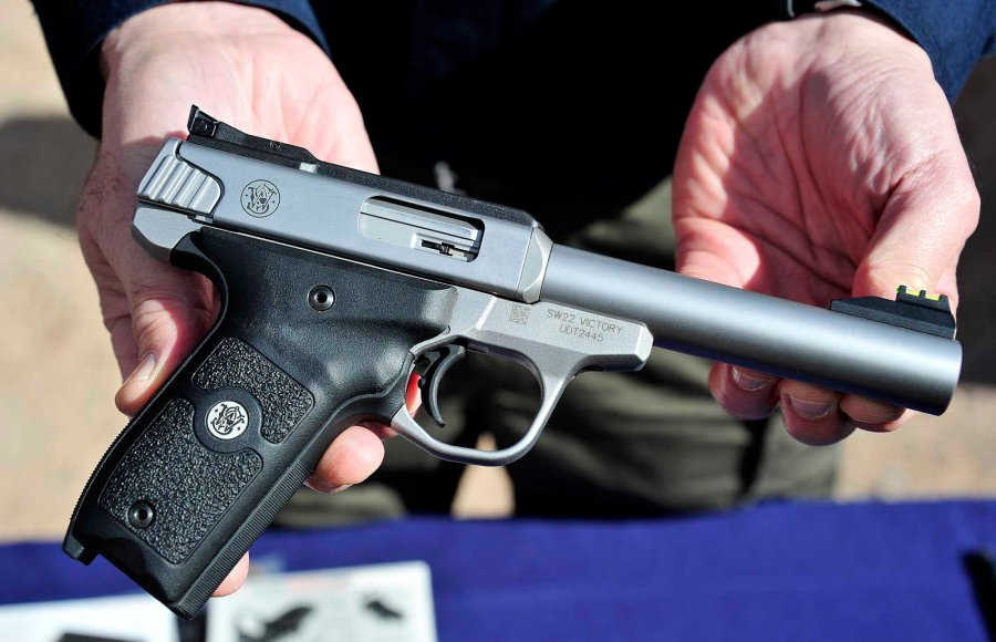Smith & Wesson SW22 Victory pistola